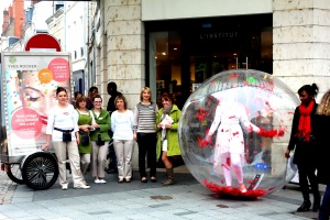 lunioncom street et guerilla marketing Yves Rocher (21)_1