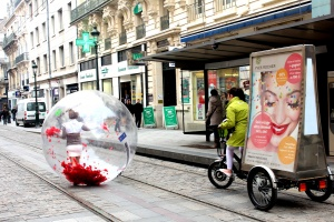 lunioncom street et guerilla marketing Yves Rocher (5)_1